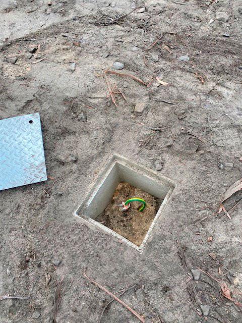 electrode inspection pit